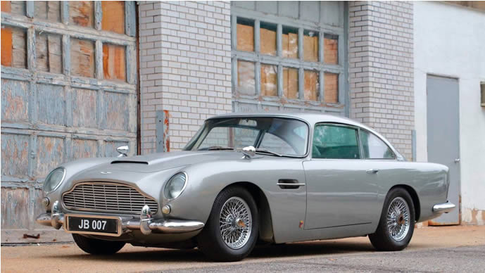 « La Bond Car » mise au enchères