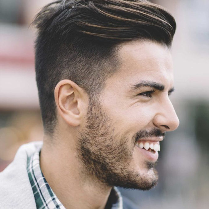 4 coiffures pour hommes qui seront toujours à la mode