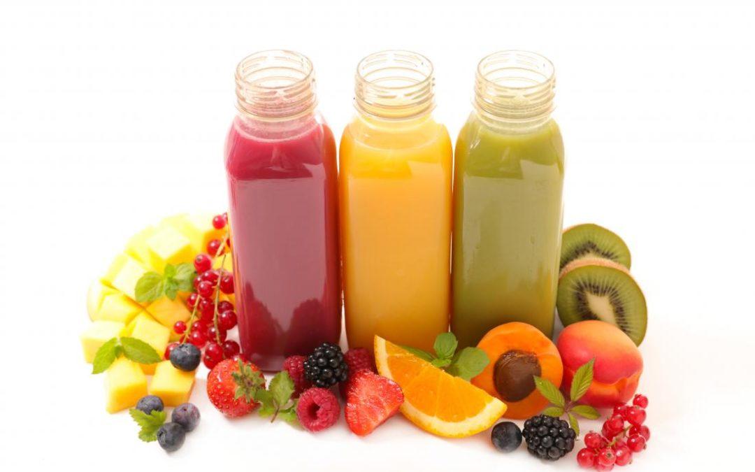Ce qu'il faut savoir avant d'essayer les jus pour la perte de poids