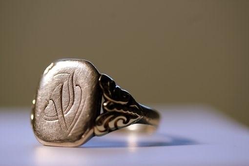 Top 3 des bijoux indémodables pour homme