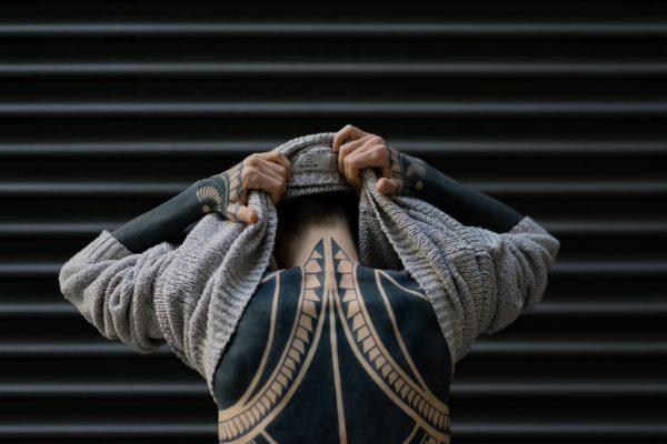 Sak Yant : Tout sur la tradition sacrée des tatouages Sak Yant de Thaïlande