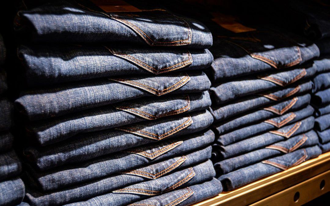 Combien de jeans un homme doit-il posséder ?